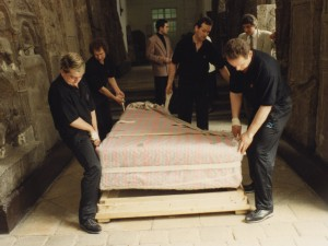 Piano moving Beethoven's fortepiano